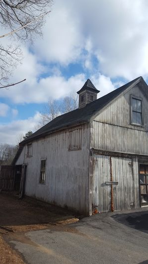 Before & After Black Metal Roof on Barn in Brookfield, MA (1)
