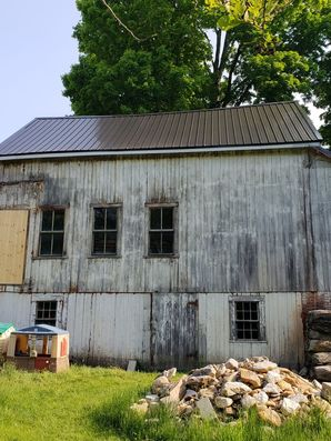 Before & After Black Metal Roof on Barn in Brookfield, MA (3)